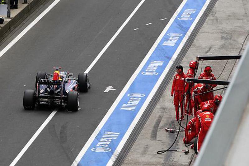 Vettel ganhou a quarta posição de Massa nos boxes