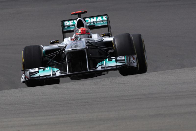 Schumacher teve uma corrida pra lá de entretida na Alemanha