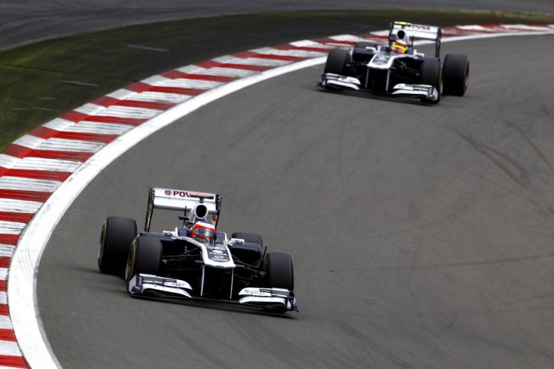 Barrichello e Maldonado em Nurburrging