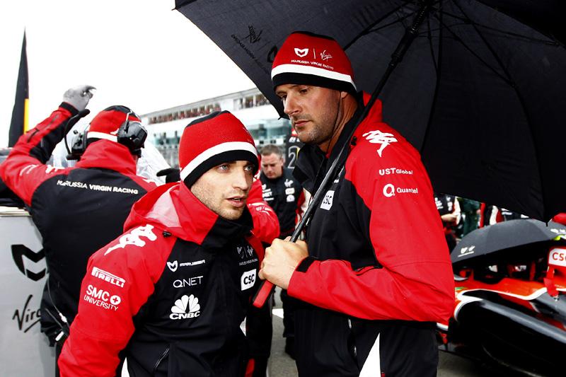 D'Ambrosio: torcendo por boas notícias da equipe para 2011