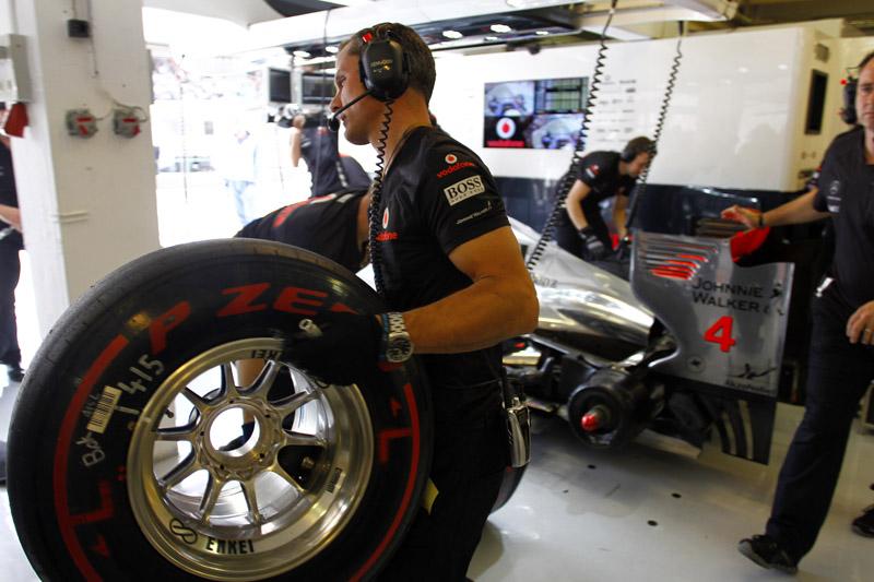 Os pneus supermacios só voltam à pista em Cingapura
