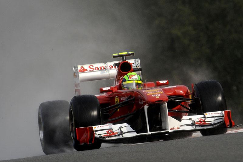 Massa em ação na pista de Spa