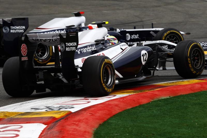 Maldonado e Barrichello duelam no GP da Bélgica