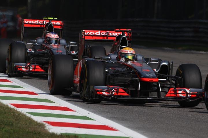 Lewis Hamilton, antes de virar presa fácil de Jenson Button