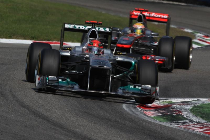 Schumacher e Hamilton protagonizaram um duelo eletrizante em Monza