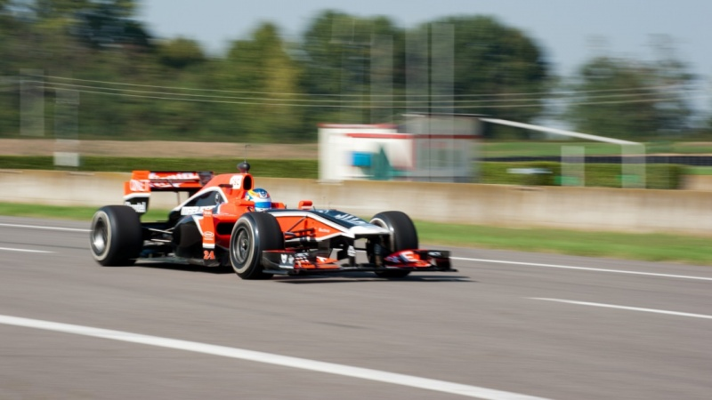 Wickens conduz o MVR-02 na pista de Vairano