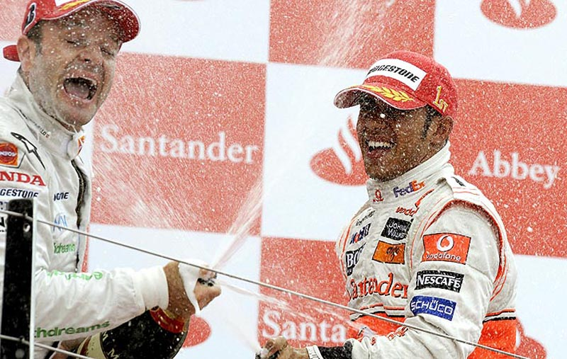 Barrichello e Hamilton dividem pódio em 2008
