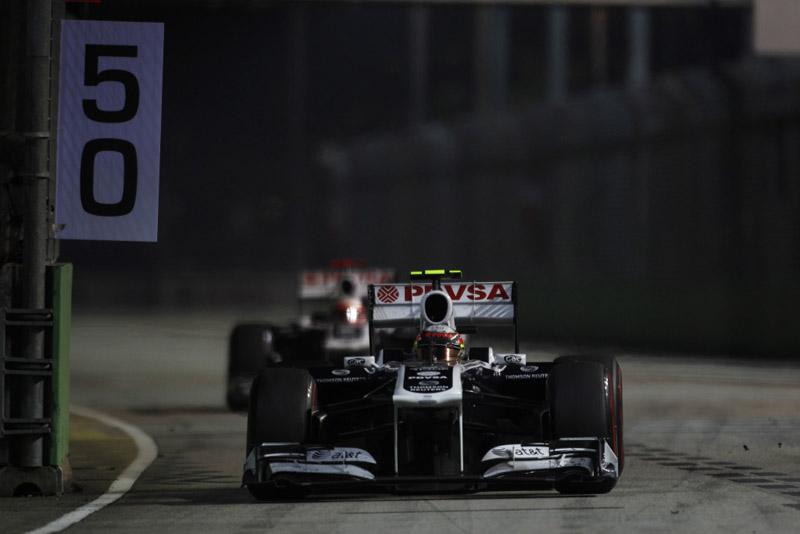 Maldonado e Barrichello em Cingapura