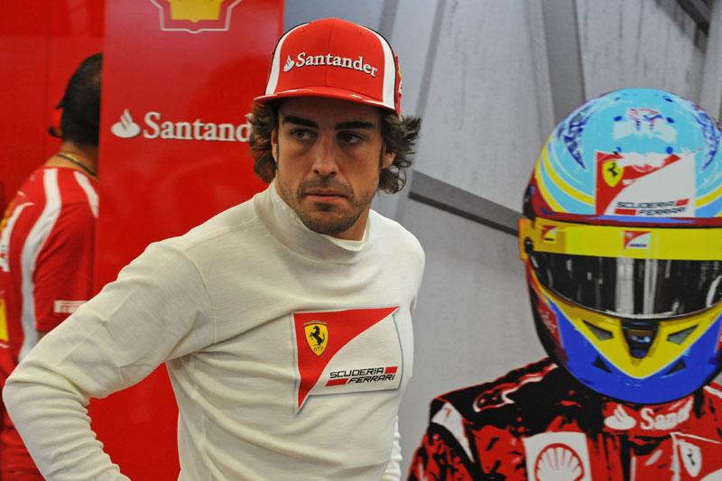Alonso é terceiro no campeonato, a um ponto de Button