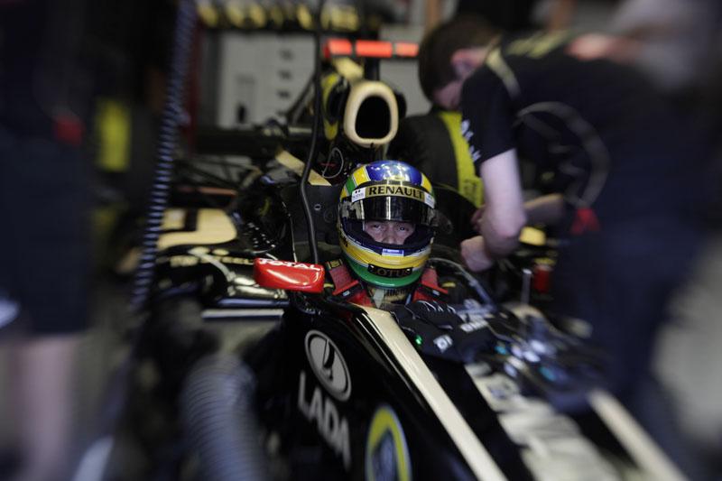 Bruno Senna correrá até o final da temporada na Renault
