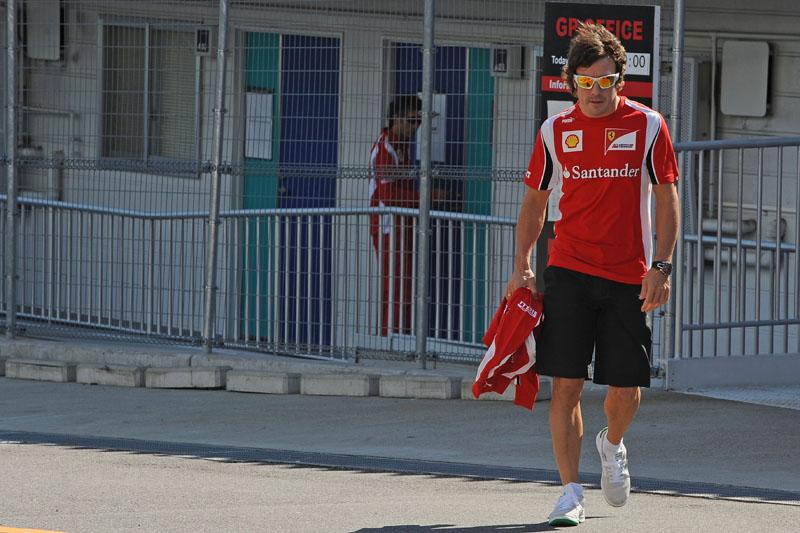 Alonso foi bicampeão com 25 anos, dois meses e 23 dias