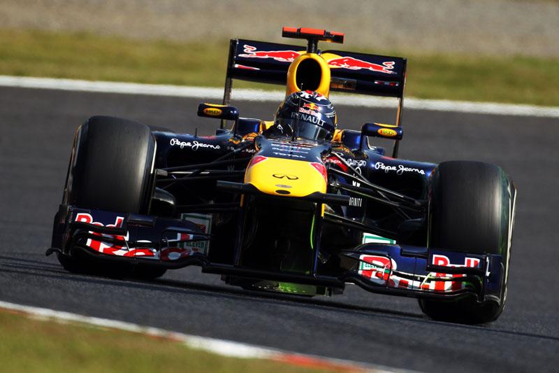Vettel foi terceiro em ambas as sessões