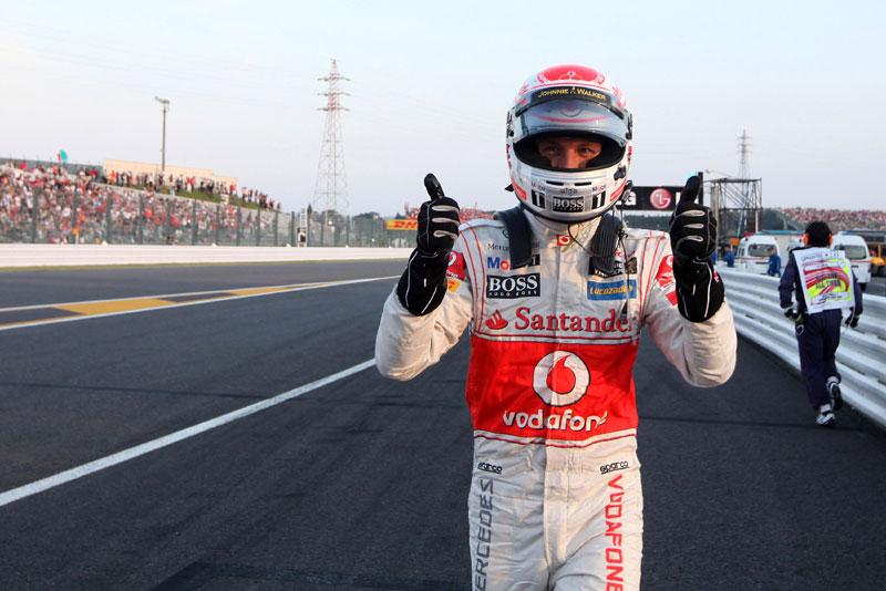Button comemora vitória em Suzuka
