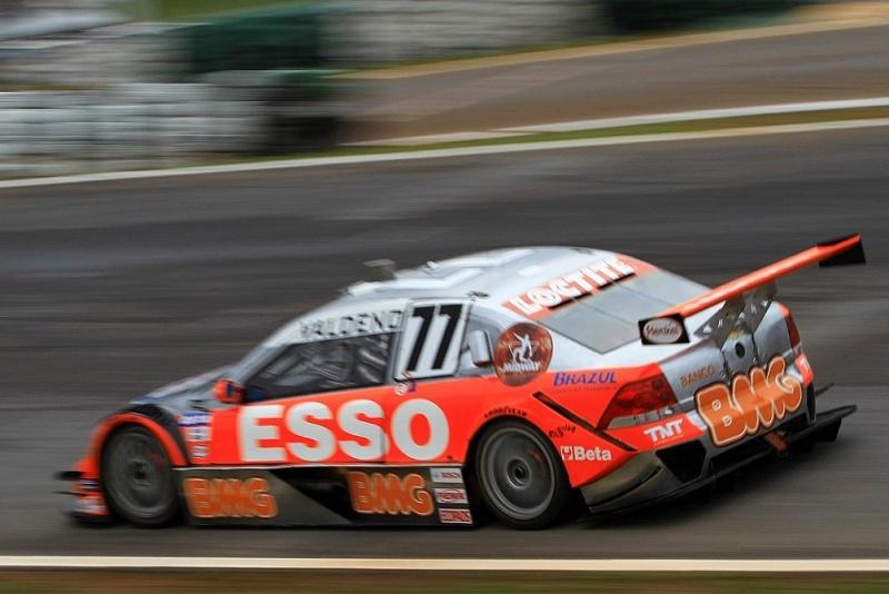 Valdeno conquista sua terceira vitória na Stock Car