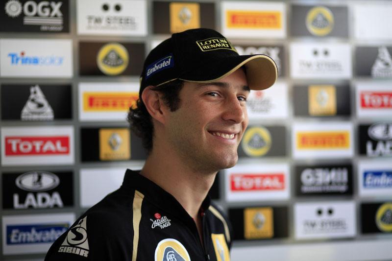 Senna quer marcar pontos na Índia