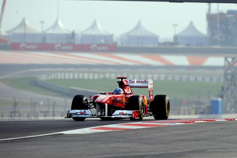 Alonso foi o terceiro nos treinos livres