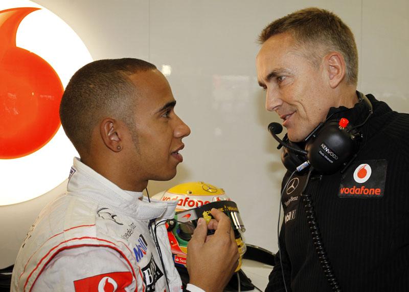 Hamilton conversa com Martin Whitmarsh