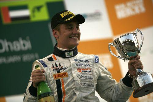 Coletti comemora vitoria na GP2