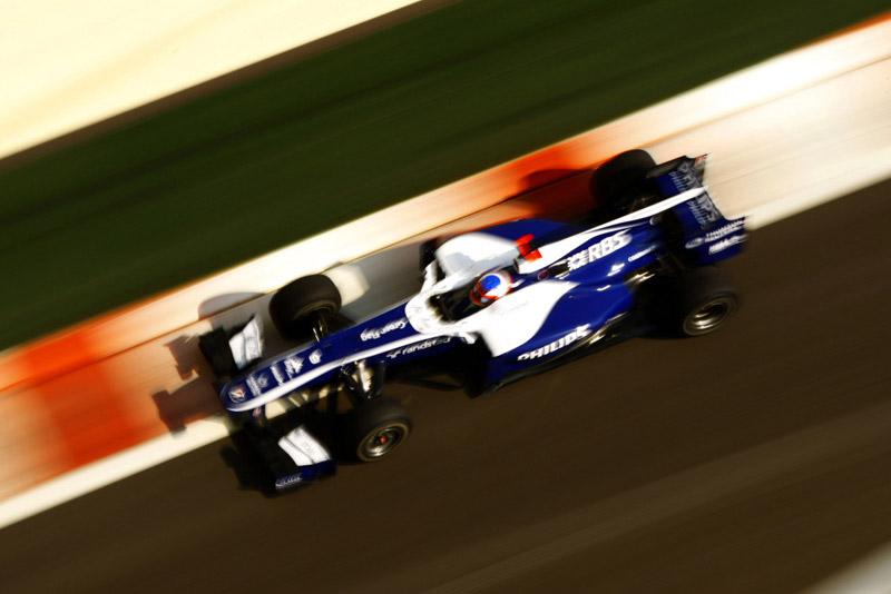 Barrichello em Abu Dhabi ano passado