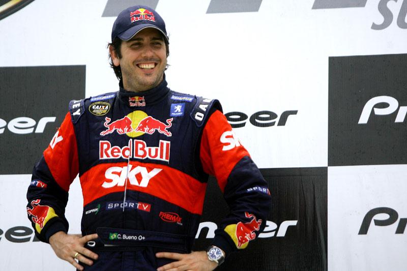 Cacá Bueno ri à toa: ele depende só de si para ser campeão (Foto: Bruno Terena)