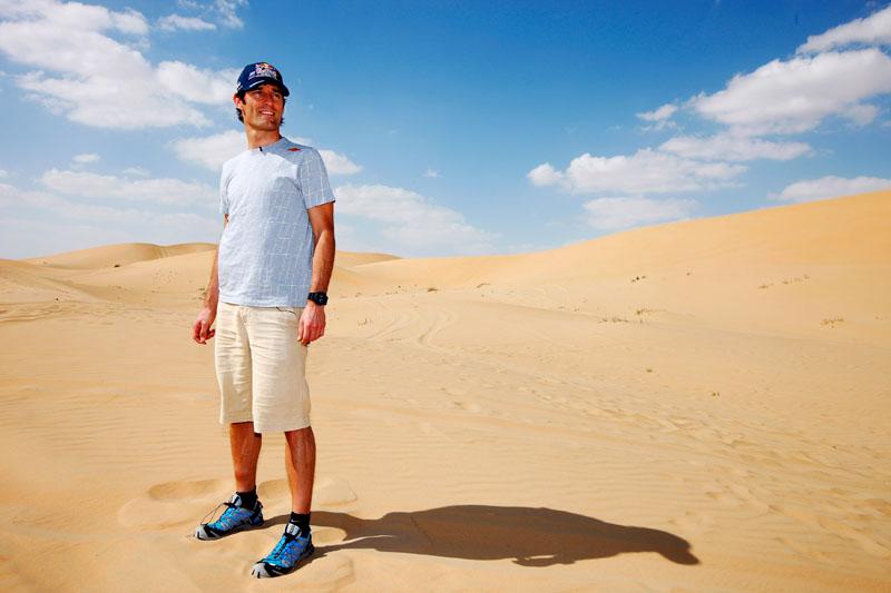 Webber durante fotos promocionais da Red Bull em Abu Dhabi