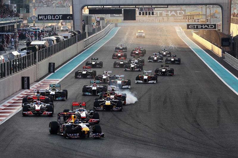 Vettel chegou a pular na liderança