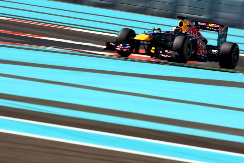 Bianchi em Abu Dhabi com a Red Bull