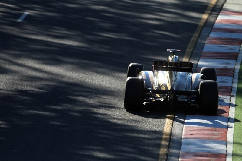 Vitaly Petrov foi um dos dois pilotos com motores Renault que subiram ao pódio na Austrália