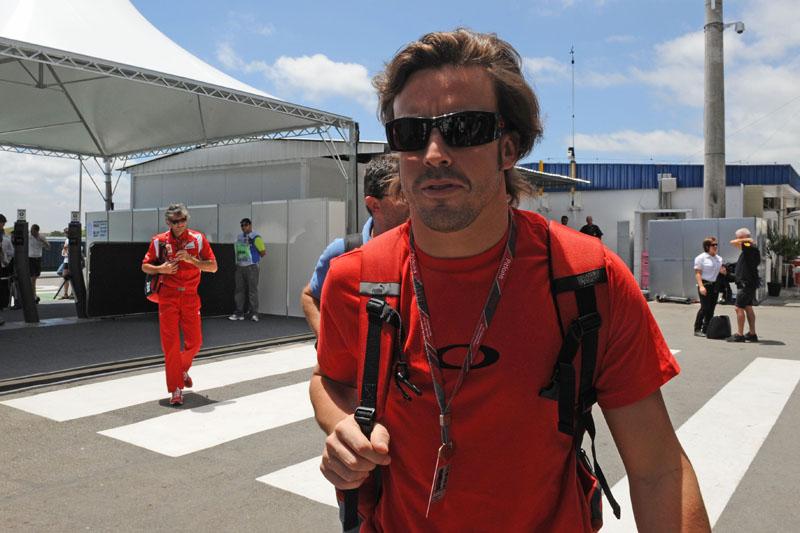 Alonso sofreu seu acidente mais grave em Interlagos, em 2003