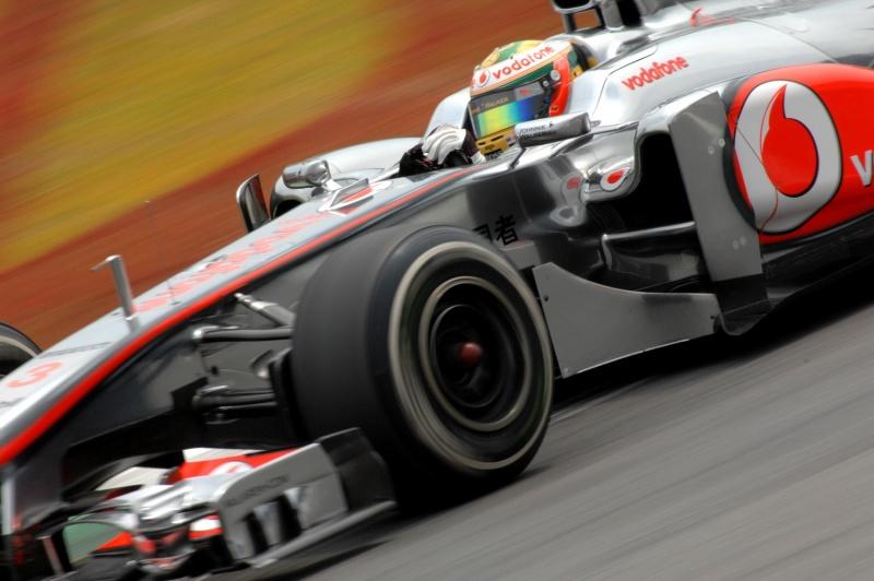 Lewis Hamilton (Miguel Costa Jr.)
