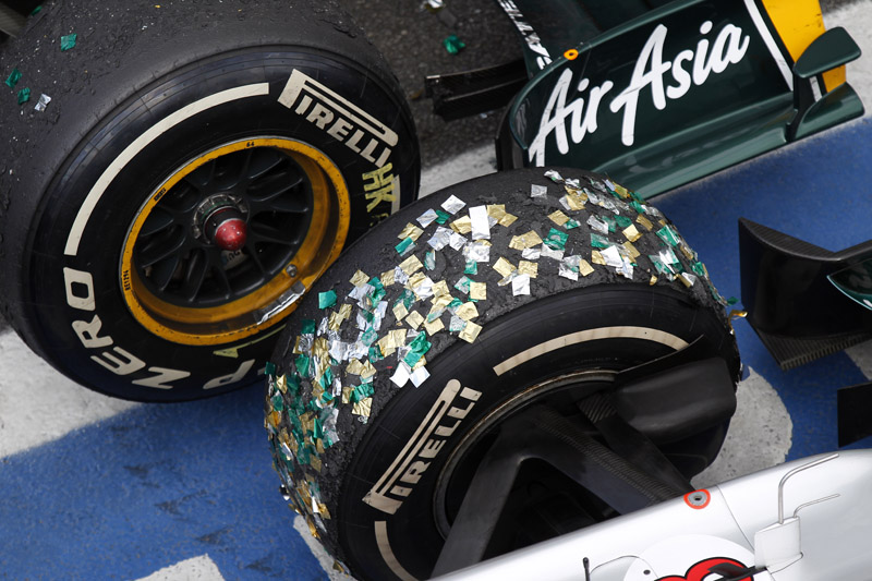 Os pneus Pirelli fizeram sua reestreia em 2011