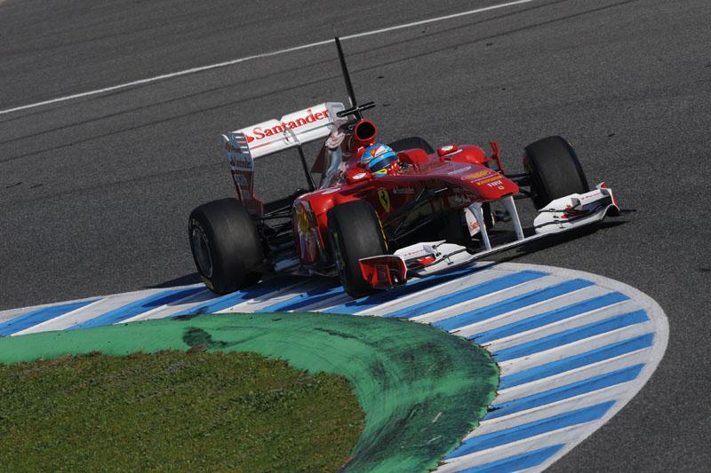 Alonso durante testes de fevereiro deste ano