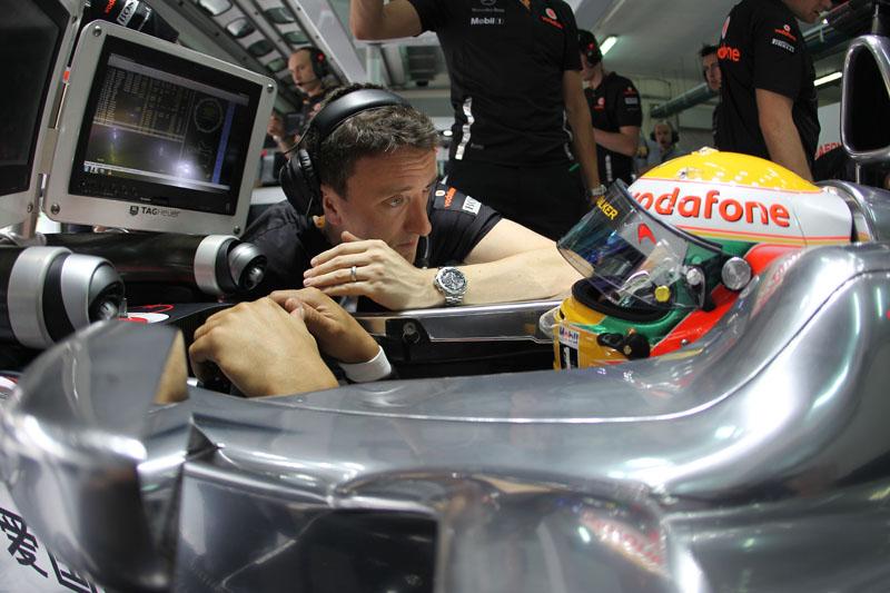 Hamilton se manteve entre os três primeiros em ambas as sessões de treinos livres