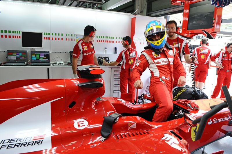 Alonso fez apenas o nono melhor tempo nos treinos livres