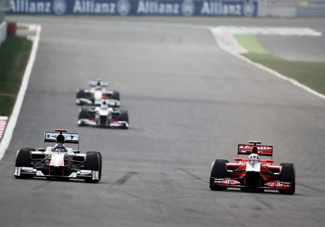 Hispania e a ex-Virgin duelam na pista