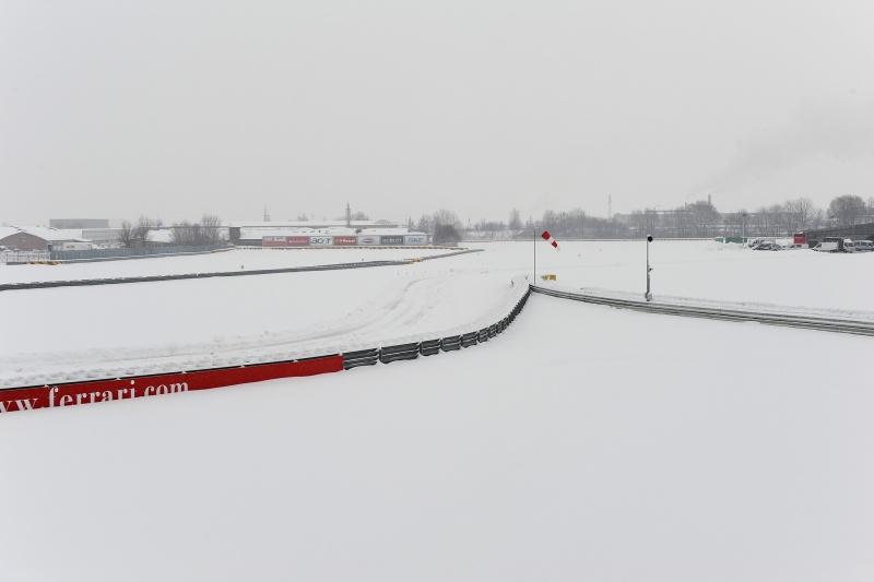 A pista de Fioreno está completamente tomada pela neve