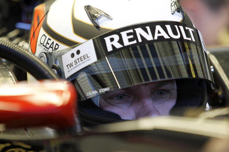 Kimi Raikkonen testa em Jerez pela Lotus