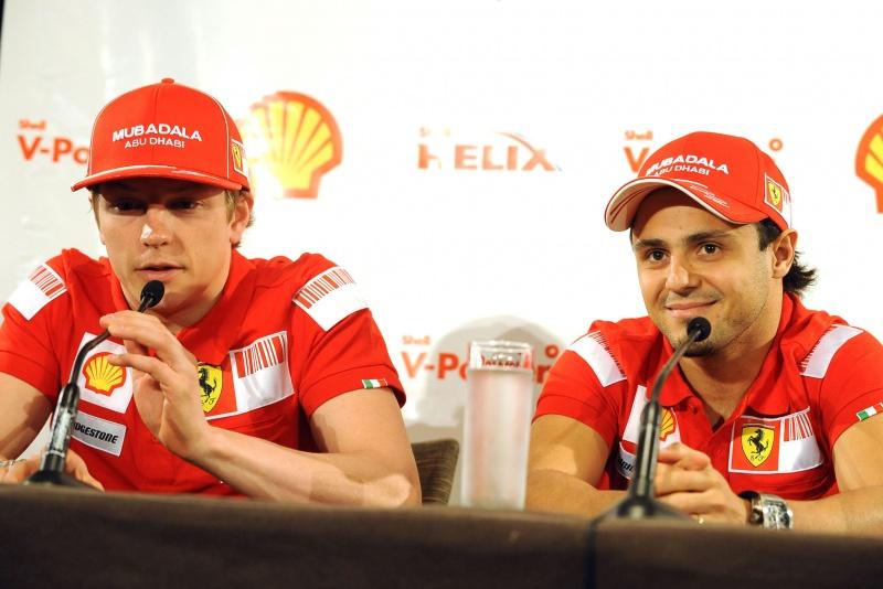 Kimi Raikkonen e Felipe Massa em 2009, quando eram companheiros na Ferrari