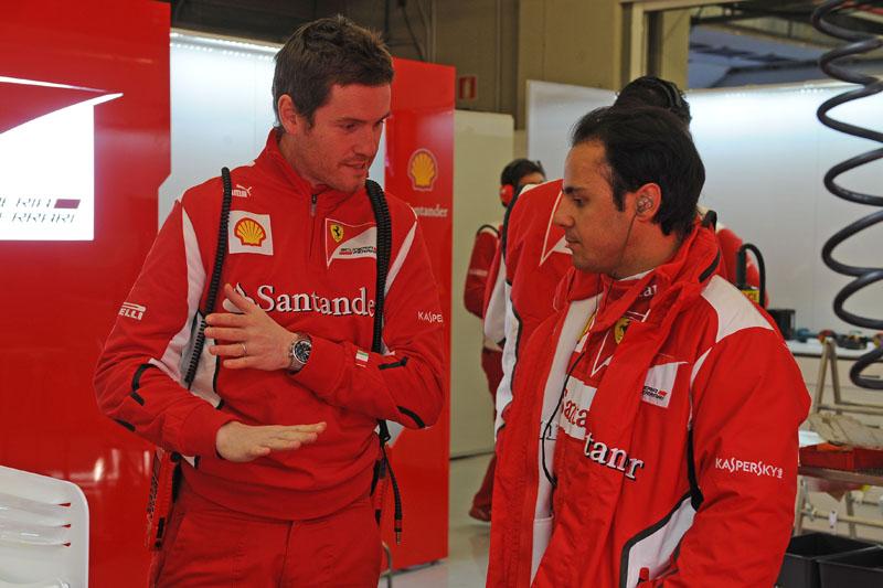 Smedley e Massa durante teste em Jerez