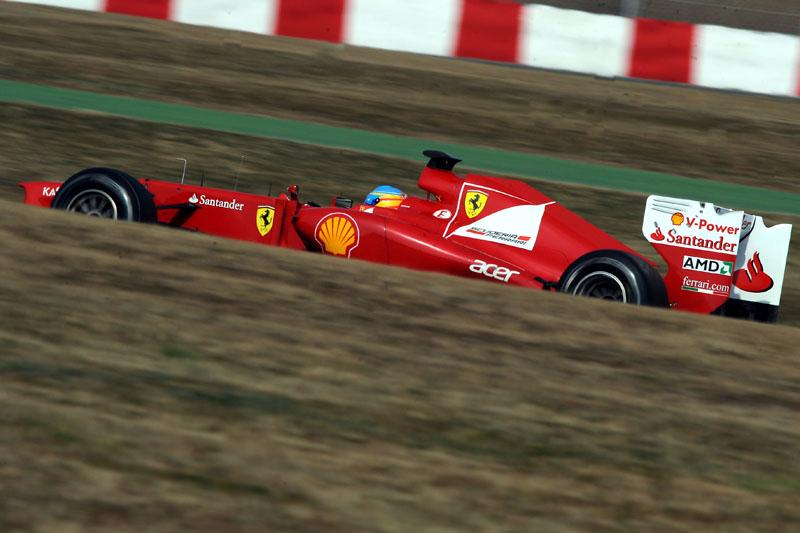 A Ferrari admite que não está onde queria após os testes