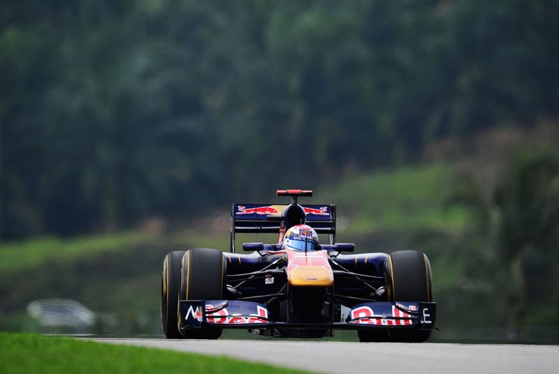 Ambos os pilotos da Toro Rosso sofreram com a degradação de pneus
