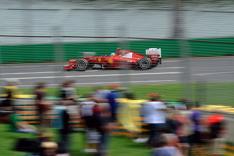 Alonso larga apenas em 12º na Austrália