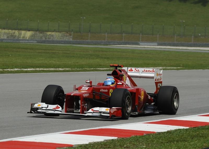 Alonso conquista vitória inesperada na Malásia