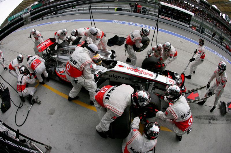 Hamilton quer deixar para trás do oitavo lugar da Malásia