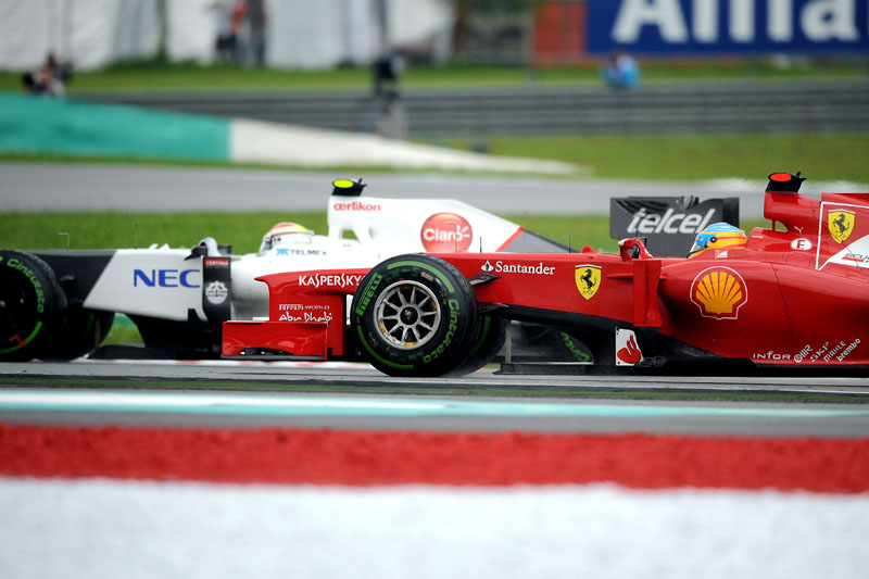 Perez e Alonso foram os nomes da corrida