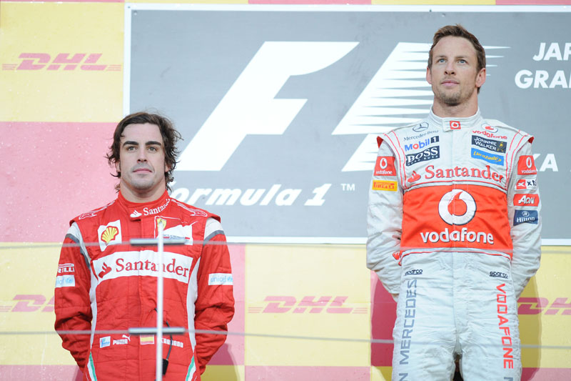 Button e Alonso no pódio