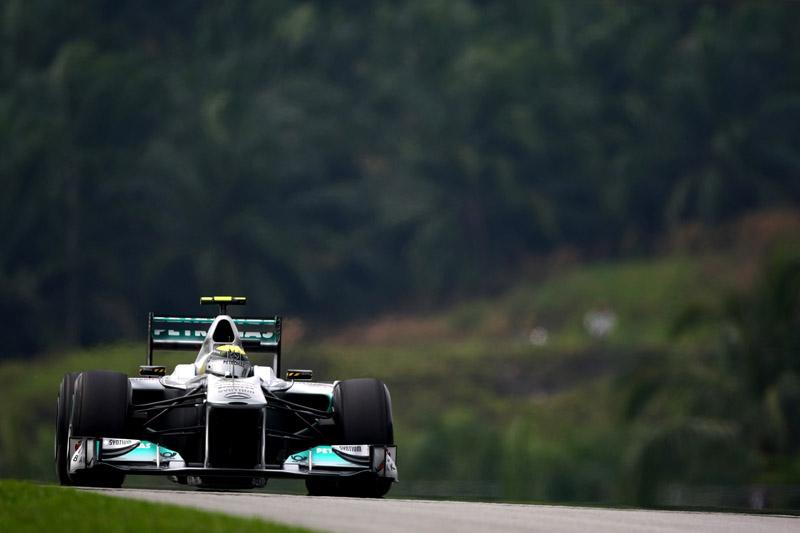 Rosberg foi terceiro na China em 2010