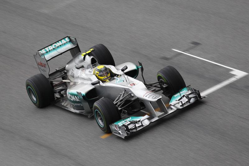 Duto passivo melhora velocidade de reta da Mercedes