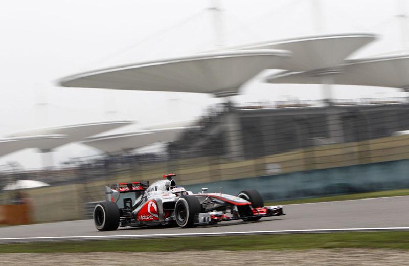 Jenson Button sofreu com os Pirelli