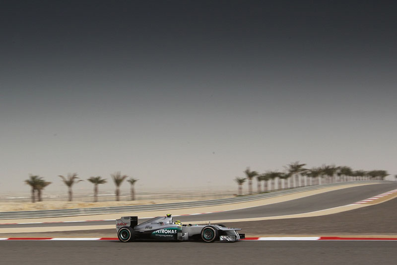 Rosberg larga em quinto amanhã